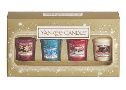 candle  50+ gift ideas for her under £10